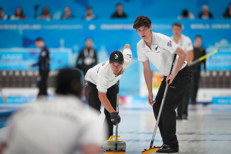 Team NZ vs Russia at the 2020 World Junior Curling Championship